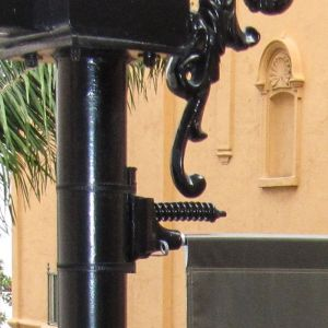 Fiberglass Pole Spring Type Banner Brackets